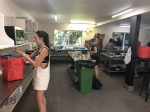 Kuchynka, Rainforestretreat, Nový Zéland